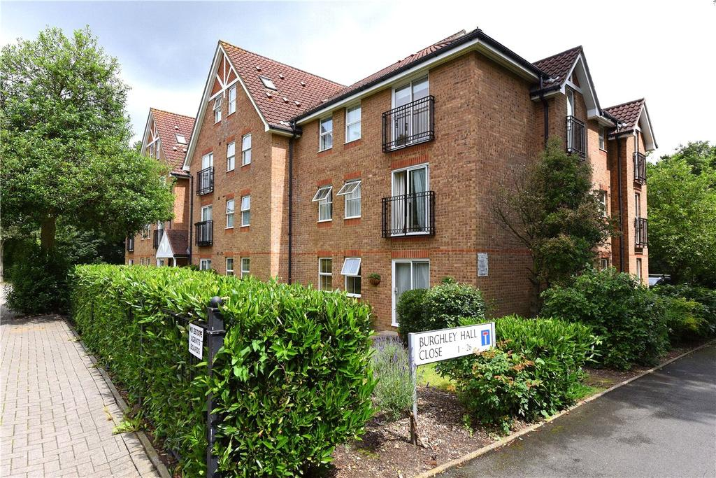 2 Bedrooms Flat for sale in Burghley Hall Close, London, SW19
