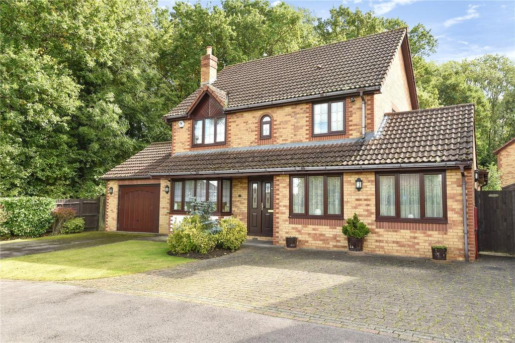 4 Bedrooms Detached House for sale in Glade Close, Chineham, Basingstoke, Hampshire, RG24
