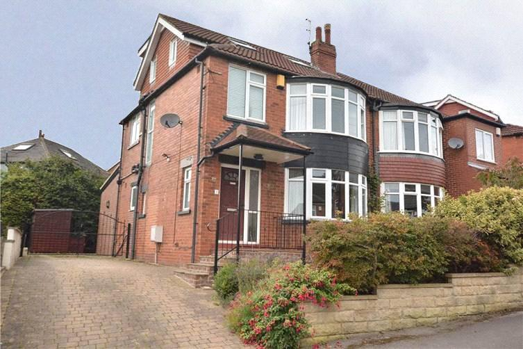 4 Bedrooms Semi Detached House for sale in Chelwood Grove, Leeds, West Yorkshire