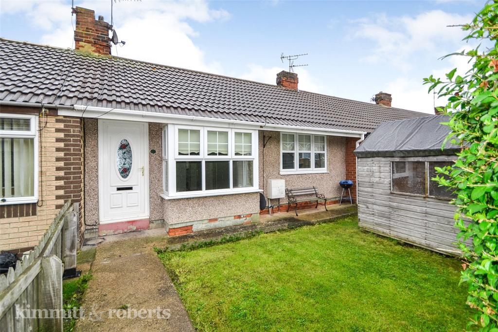 2 Bedrooms Terraced Bungalow for sale in Elizabeth Street, Blackhall Rocks, Hartlepool, TS27