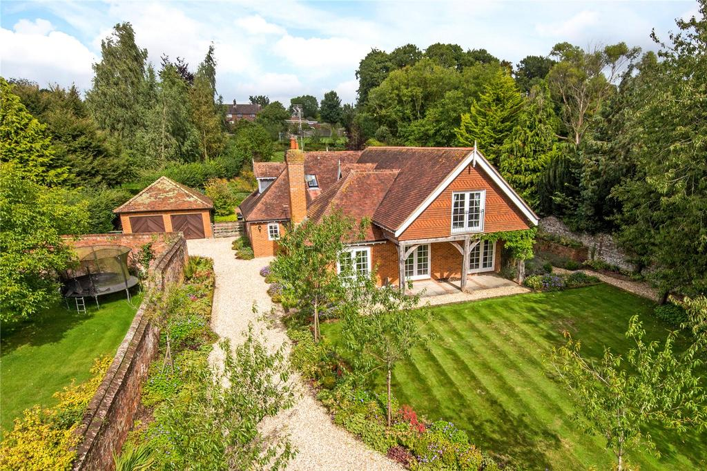 5 Bedrooms Detached House for sale in Itchen Abbas, Winchester, Hampshire, SO21