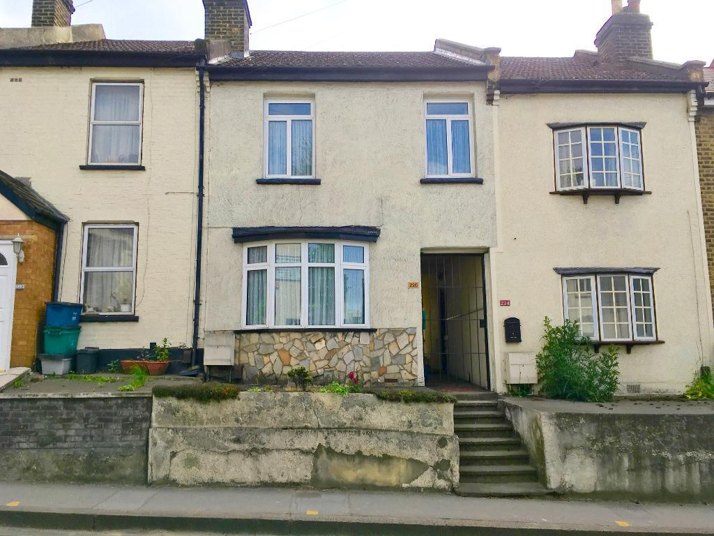 3 Bedrooms Terraced House for sale in Selsdon Road, South Croydon, Cr2 6PL