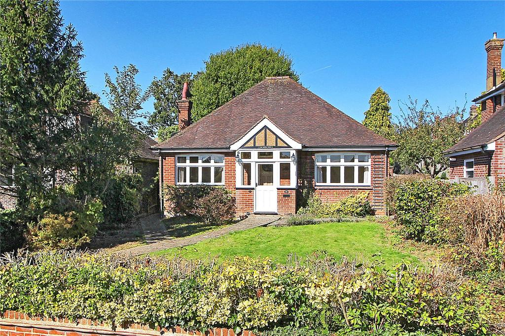 3 Bedrooms Detached Bungalow for sale in Woodland Way, Bidborough, Tunbridge Wells, Kent, TN4