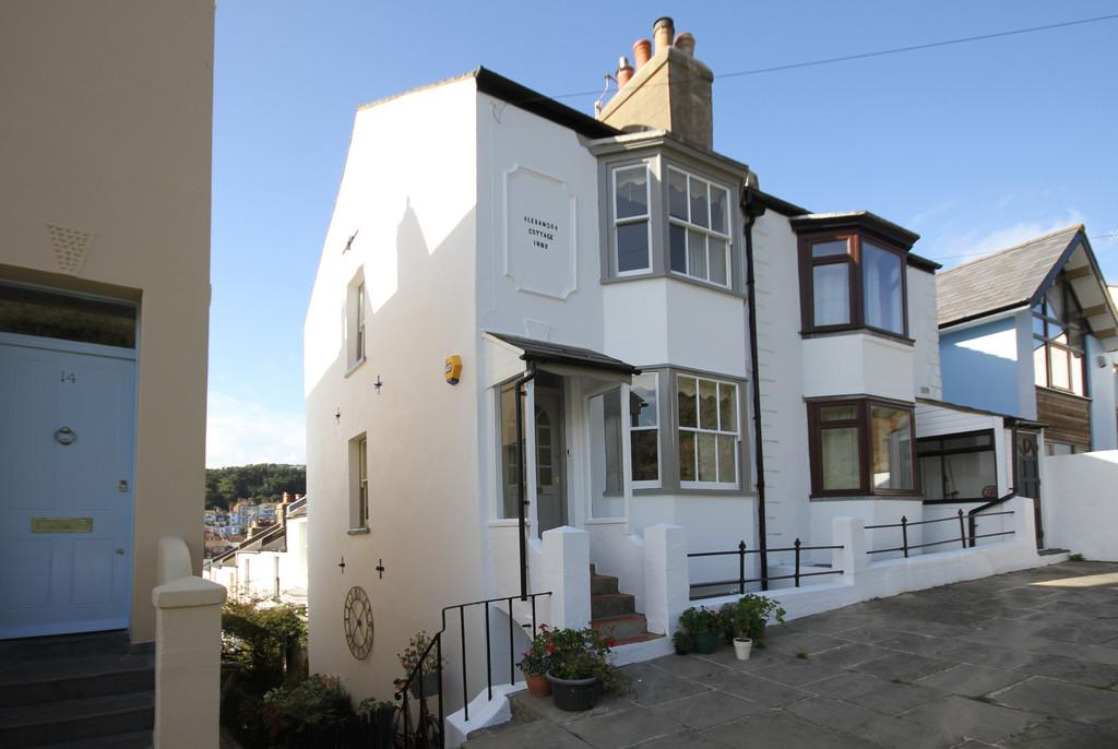 2 Bedrooms Town House for sale in Tackleway, Old Town, Hastings, East Sussex TN34 3DE