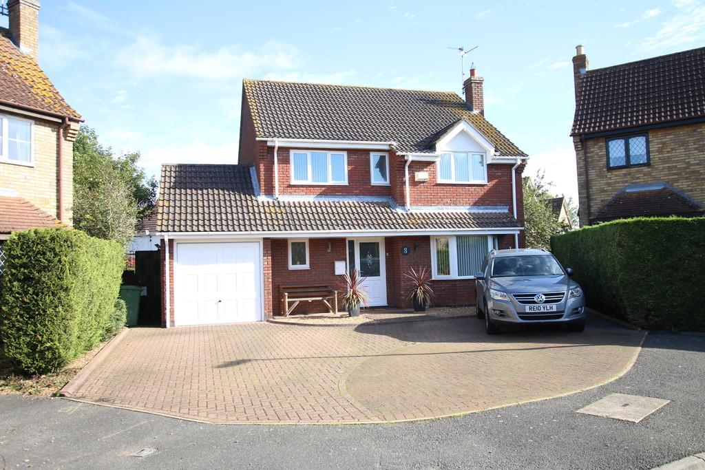 4 Bedrooms Detached House for sale in Monument View, March