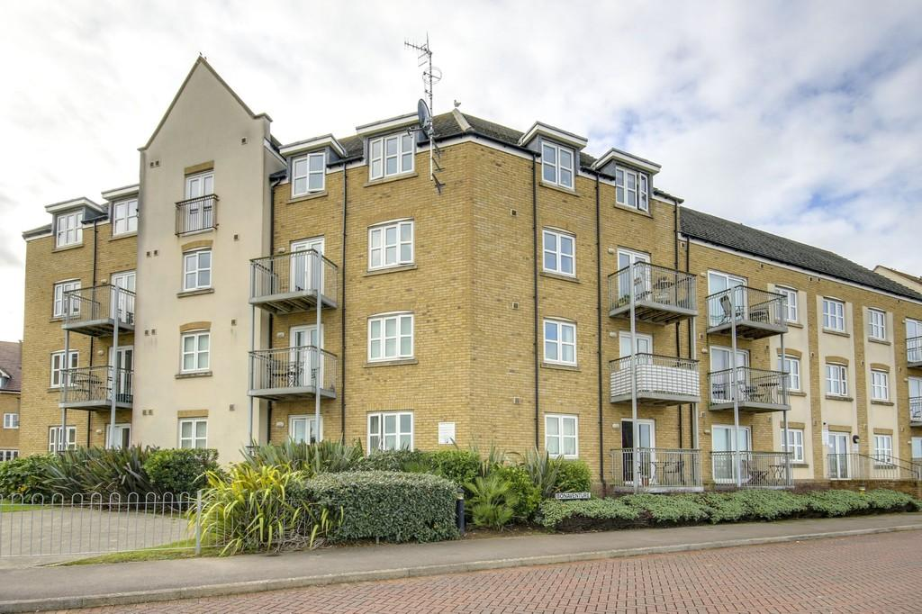 2 Bedrooms Flat for sale in Shoreham Beach