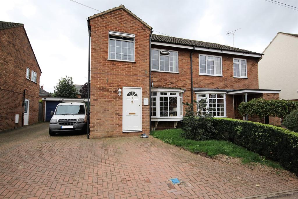 3 Bedrooms Semi Detached House for sale in Mill Lane, Campton, Shefford, SG17