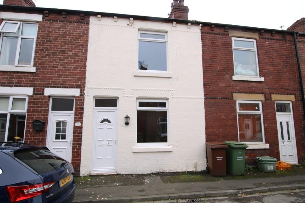 2 Bedrooms Terraced House for sale in Normanton Street, Horbury