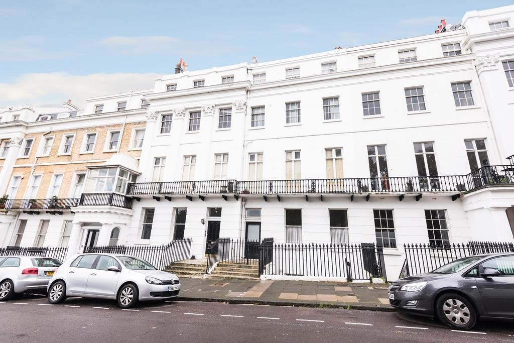 2 Bedrooms Mews House for sale in Sussex Square, BRIGHTON, BN2