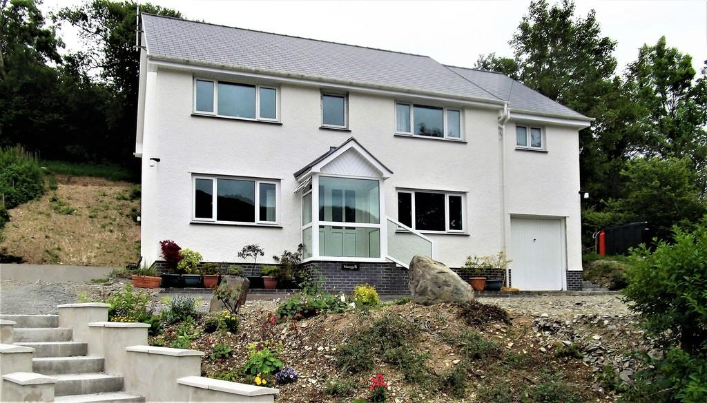 5 Bedrooms Detached House for sale in Aberystwyth