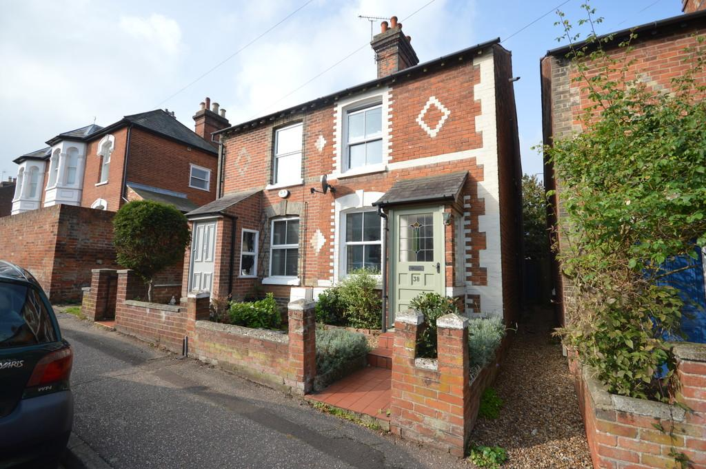 2 Bedrooms Semi Detached House for sale in Rawstorn Road, St Marys