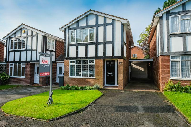 3 Bedrooms Detached House for sale in Meadowvale, Codsall, Wolverhampton