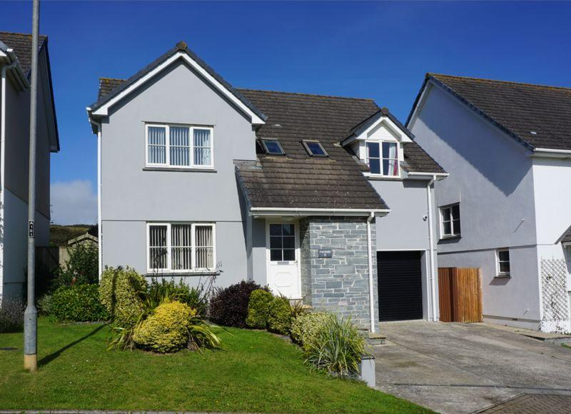 4 Bedrooms Detached House for sale in Lynstone, Bude