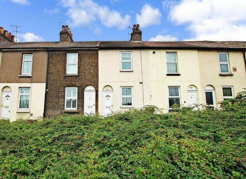 2 Bedrooms Terraced House for sale in Iron Mill Lane, Crayford