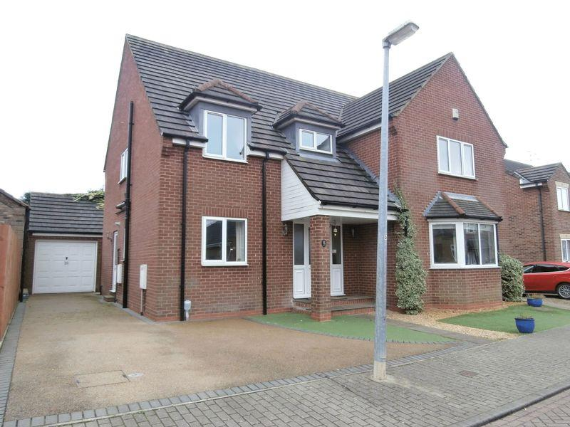 4 Bedrooms Detached House for sale in St Michaels Drive, Hedon,