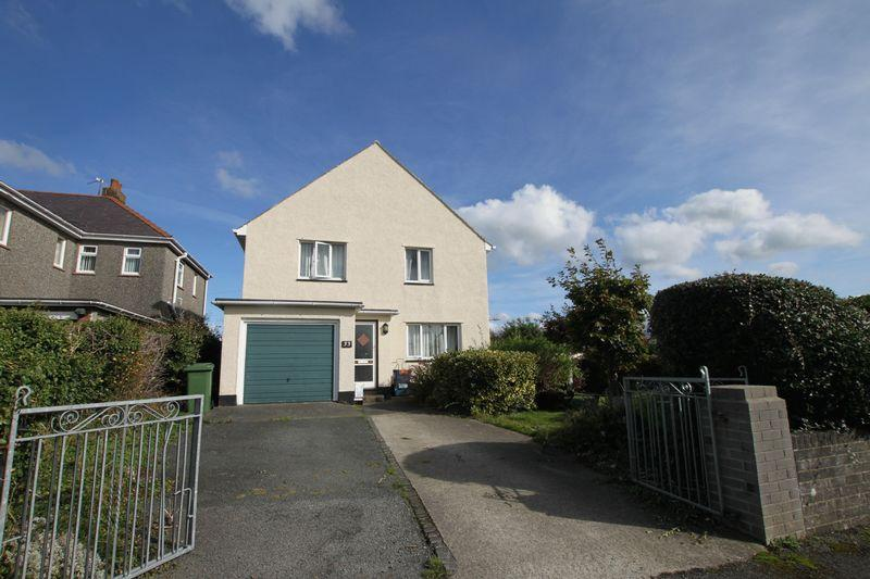 4 Bedrooms Detached House for sale in Bangor, Gwynedd