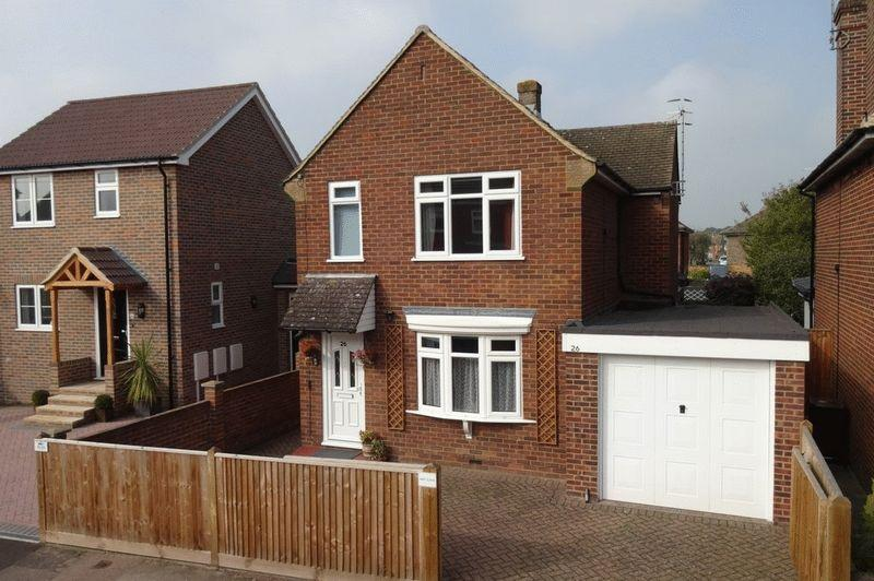 3 Bedrooms Detached House for sale in Paddock Wood