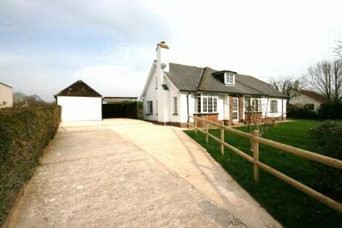 3 bedroom detached bungalow to rent - Near Topsham - Spacious detached bungalow with gardens and parking.
