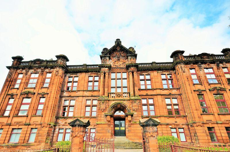 2 Bedrooms Apartment Flat for sale in 31 Academy Apartments , Elmbank Avenue , Kilmarnock KA1 3BT