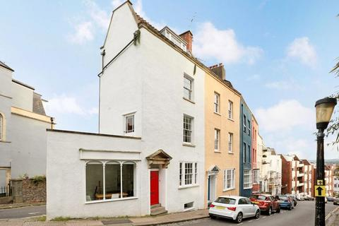 3 bedroom end of terrace house for sale - Granby Hill, Clifton, Bristol, BS8 4LS