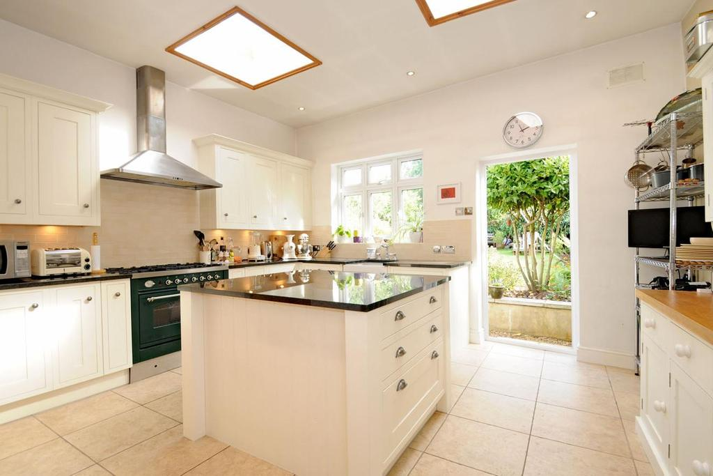 3 Bedrooms Terraced House for sale in Queens Avenue, Finchley