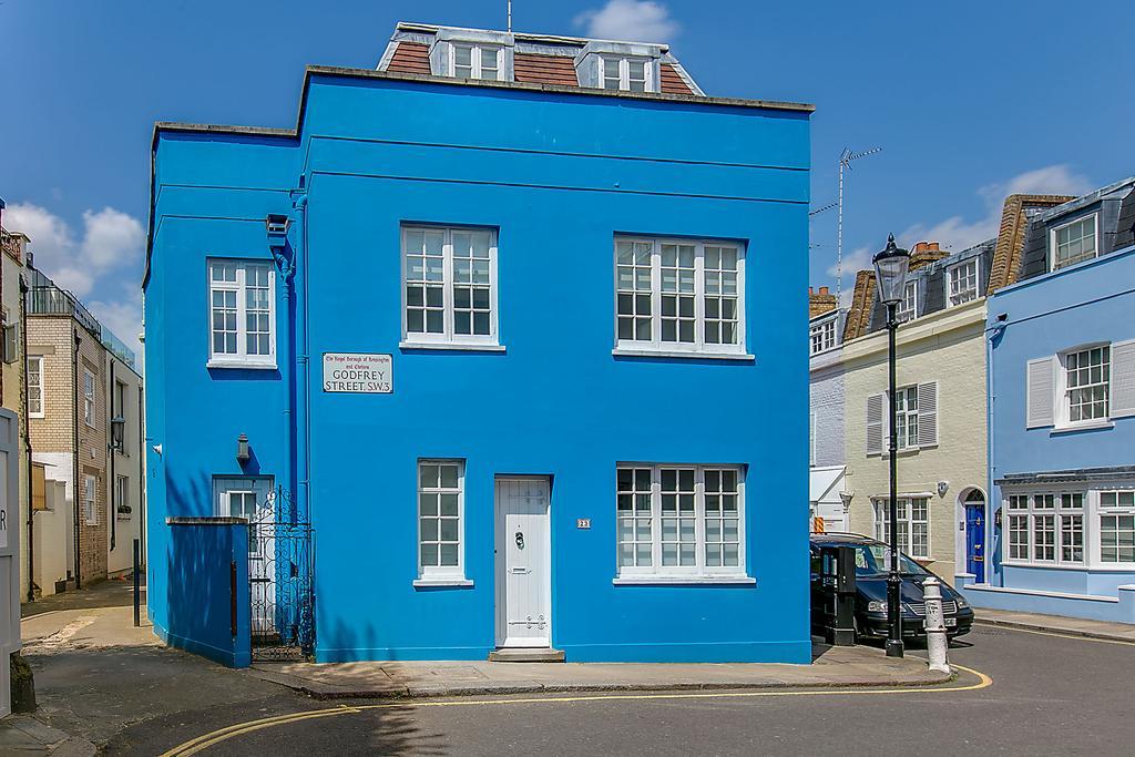 3 Bedrooms Semi Detached House for sale in Godfrey Street, Chelsea, London SW3