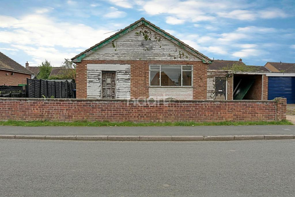 2 Bedrooms Bungalow for sale in Common Road, Witchford