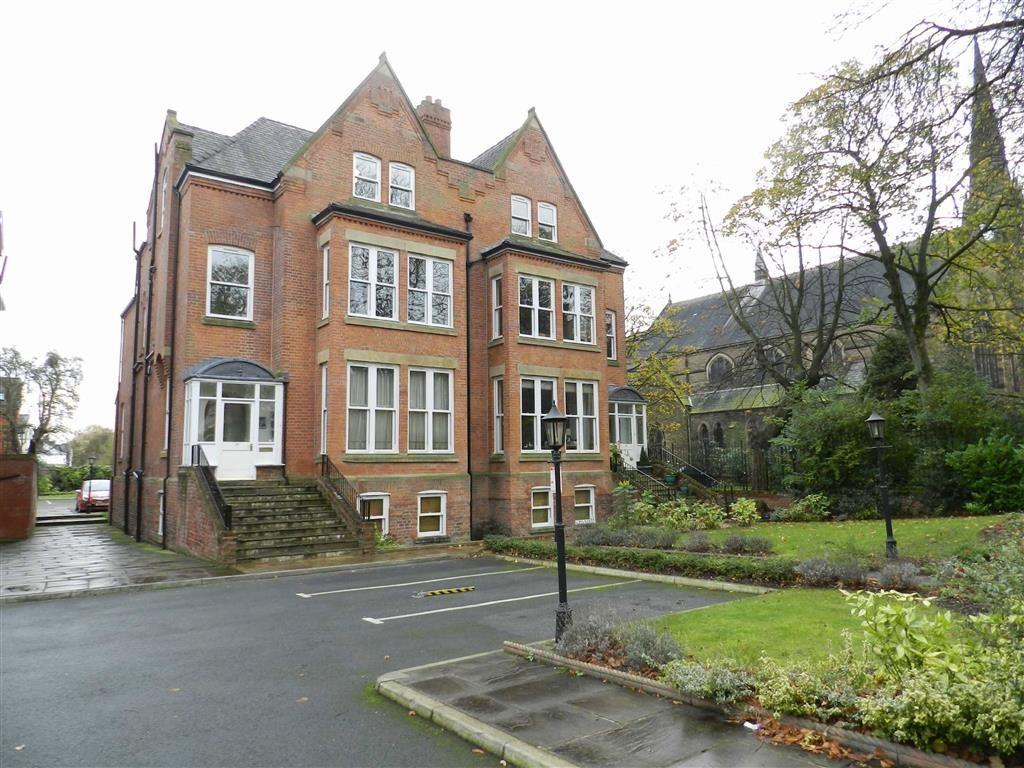 3 Bedrooms Flat for sale in Heaton Gardens, Heaton Moor Road, Stockport