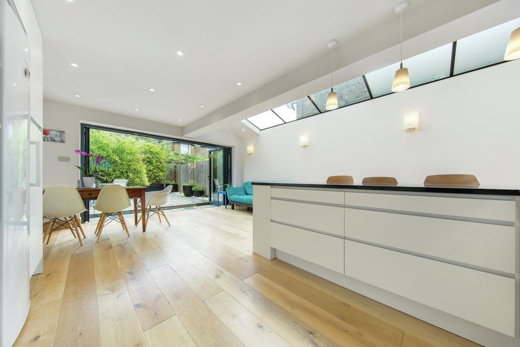 5 Bedrooms Terraced House for sale in Kenilworth Road, NW6