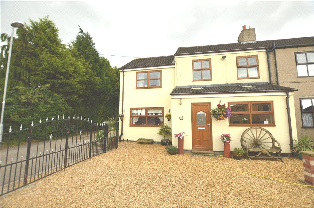 4 Bedrooms Semi Detached House for sale in Low Common, Methley, Leeds, West Yorkshire