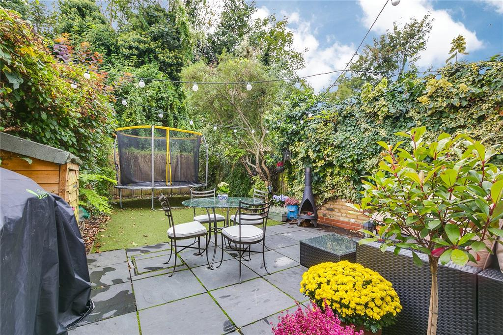 5 Bedrooms Terraced House for rent in Cleveland Gardens, Barnes, London