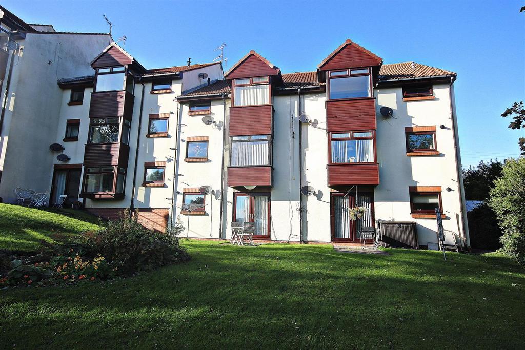 2 Bedrooms Flat for sale in The Fairways, West Pelton, Stanley