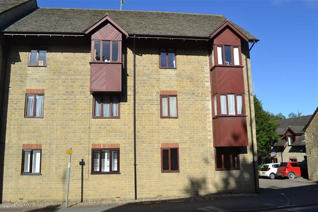 2 Bedrooms Flat for sale in Millview, Chipping Norton, OXON