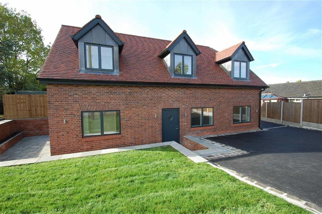 3 Bedrooms Detached House for sale in Lytham Drive, Bramhall, Cheshire