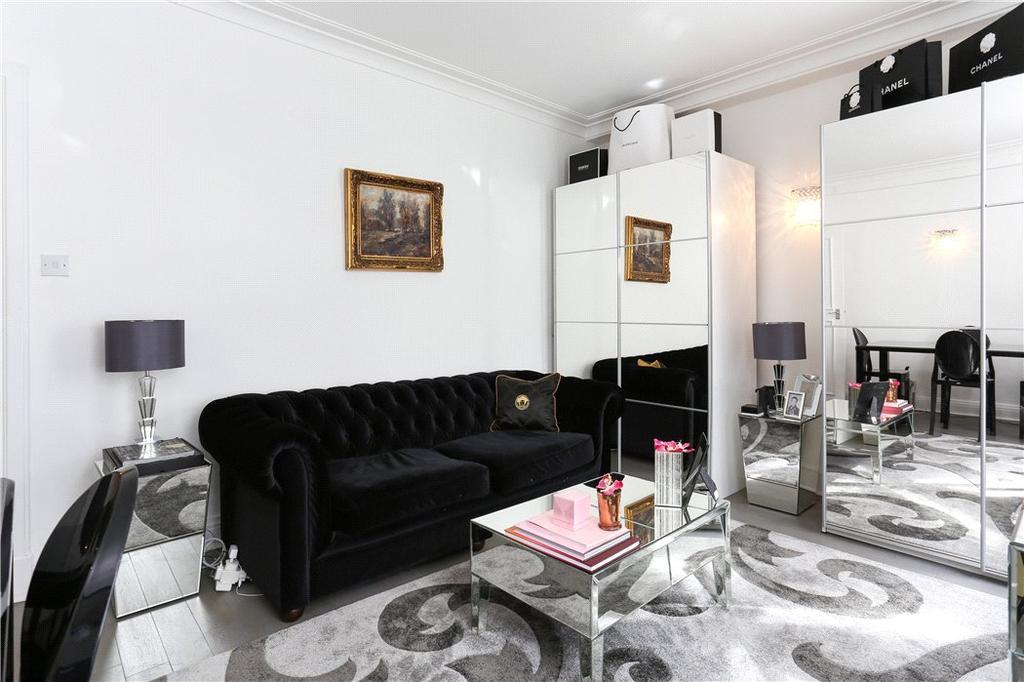 1 Bedroom Flat for sale in Grosvenor Street, London, W1K