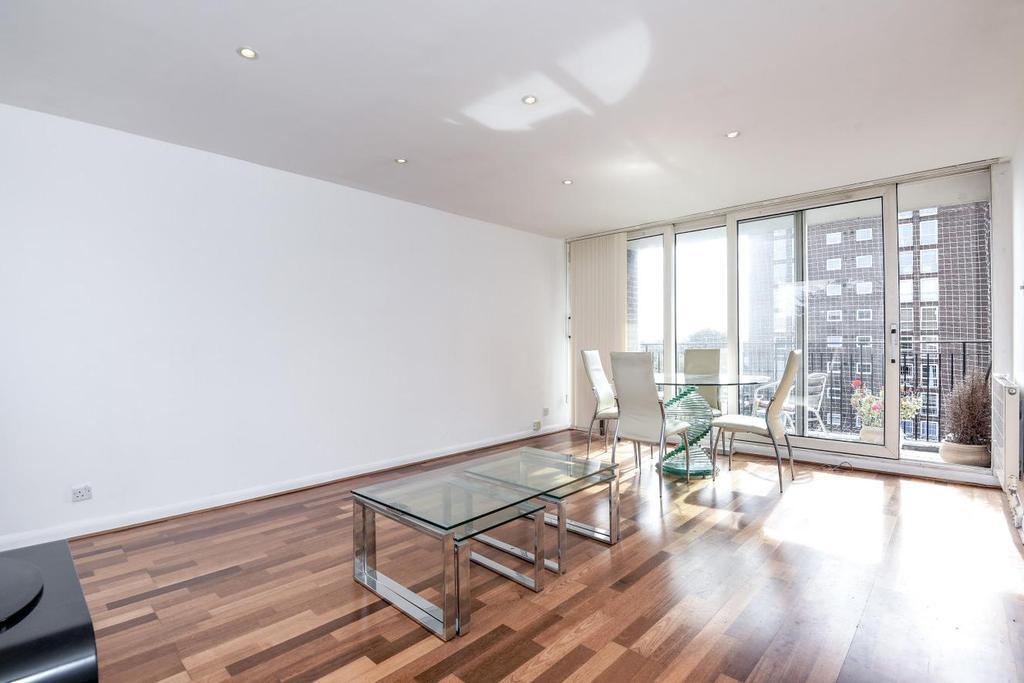 2 Bedrooms Flat for sale in Marrayatt Court, Green Vale, Ealing