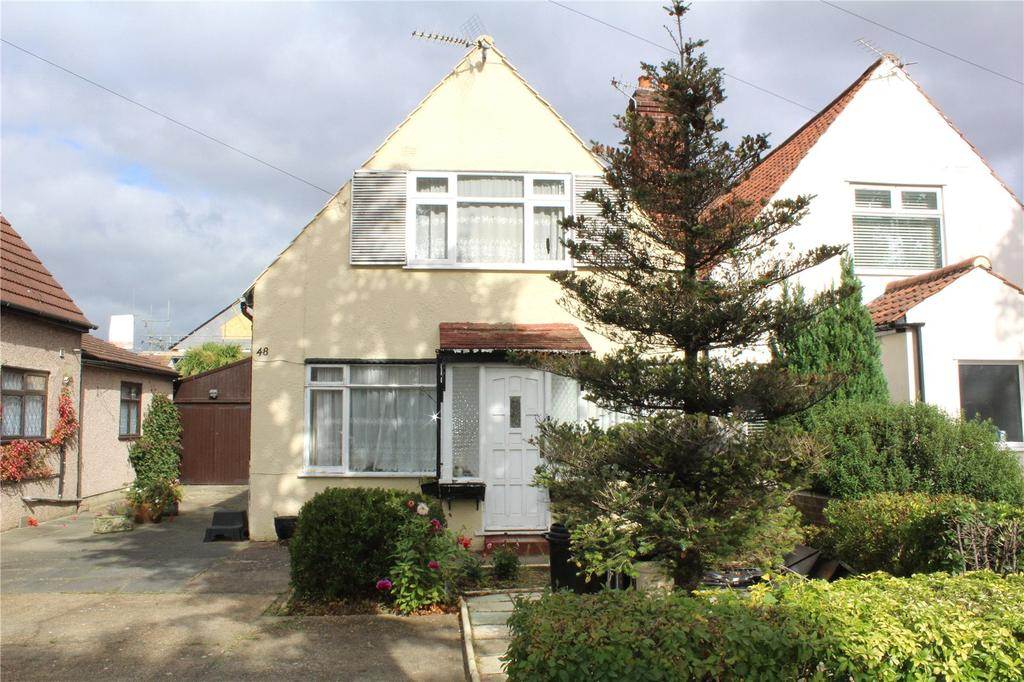 2 Bedrooms Semi Detached House for sale in Suttons Avenue, Hornchurch, RM12