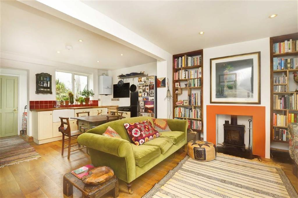 2 Bedrooms Terraced House for rent in Scotland Street, Brighton
