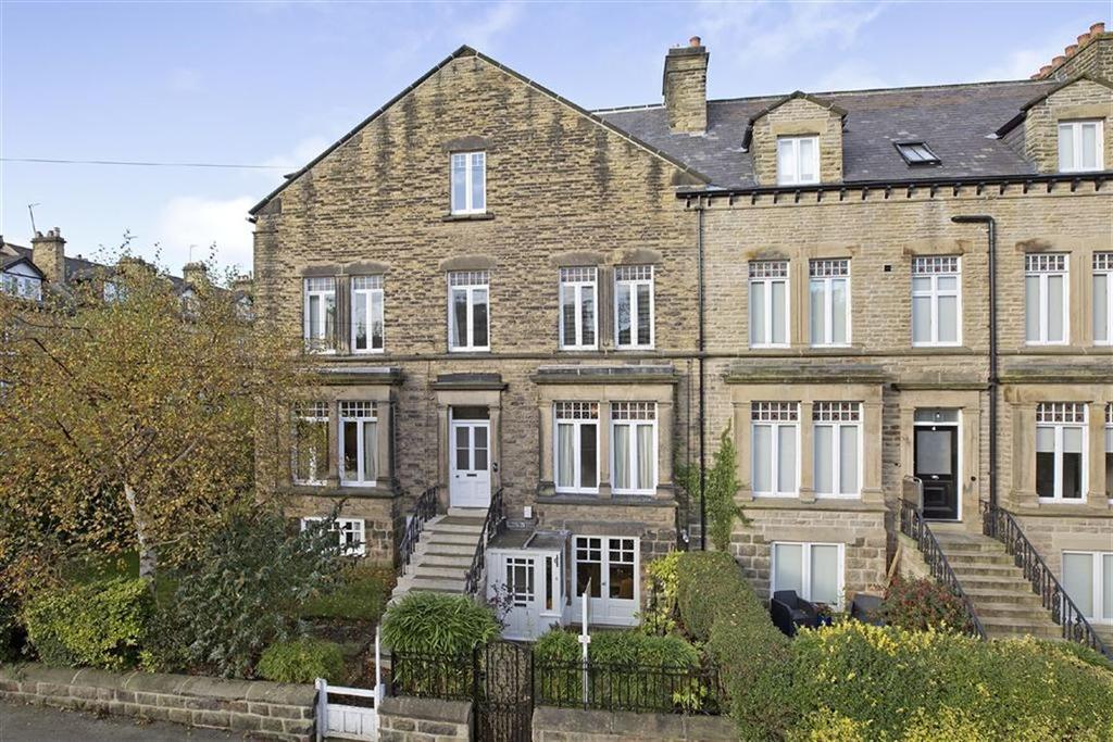 4 Bedrooms Duplex Flat for sale in St Marys Walk, Harrogate, North Yorkshire