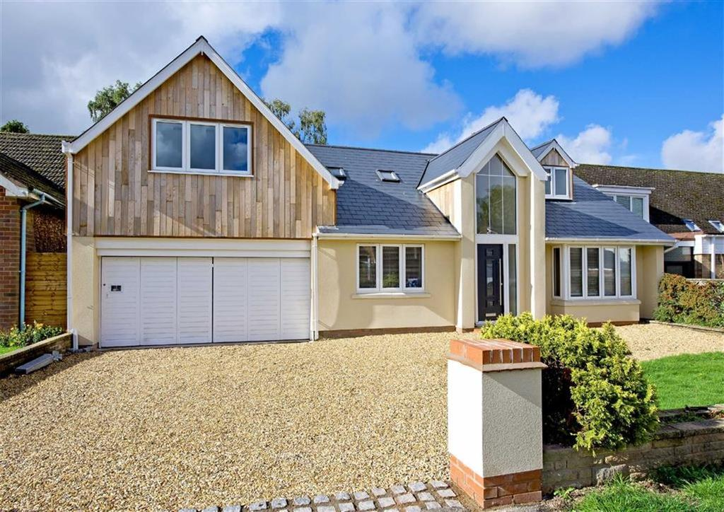 4 Bedrooms Detached House for sale in 53, Cranmere Avenue, Tettenhall, Wolverhampton, West Midlands, WV6