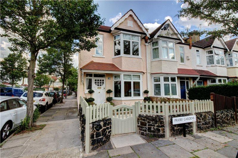 3 Bedrooms House for sale in Priory Gardens, Barnes, London, SW13