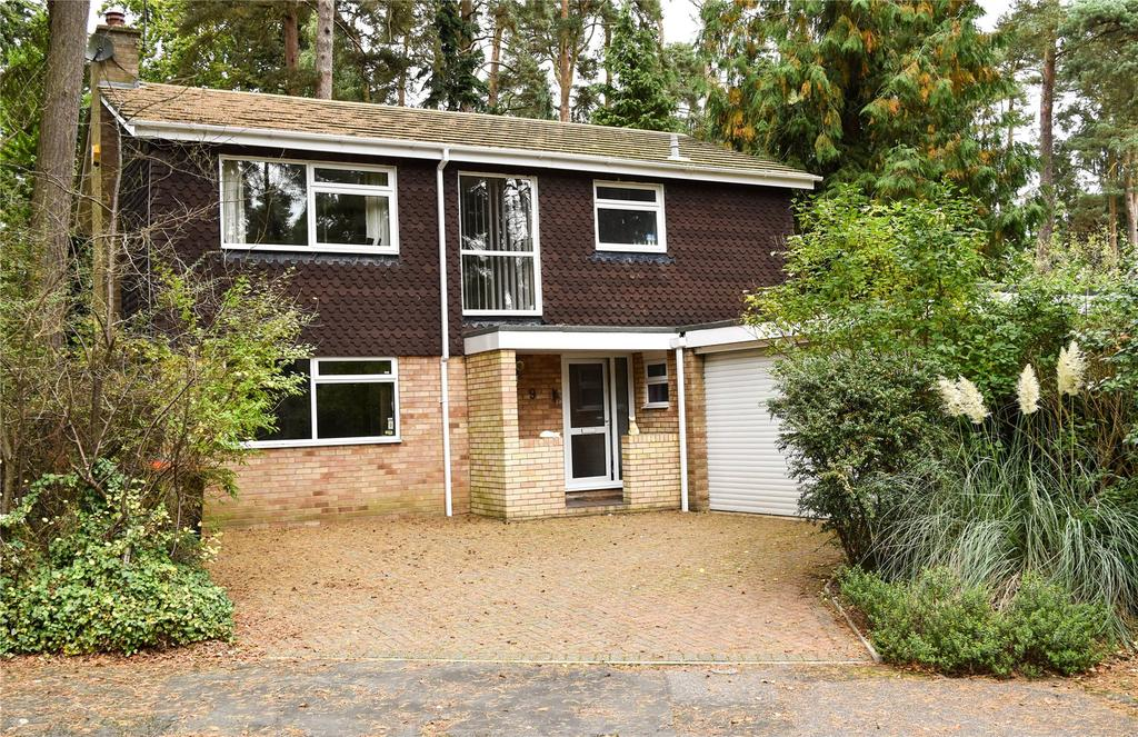 4 Bedrooms Detached House for sale in Redwood Glade, Leighton Buzzard