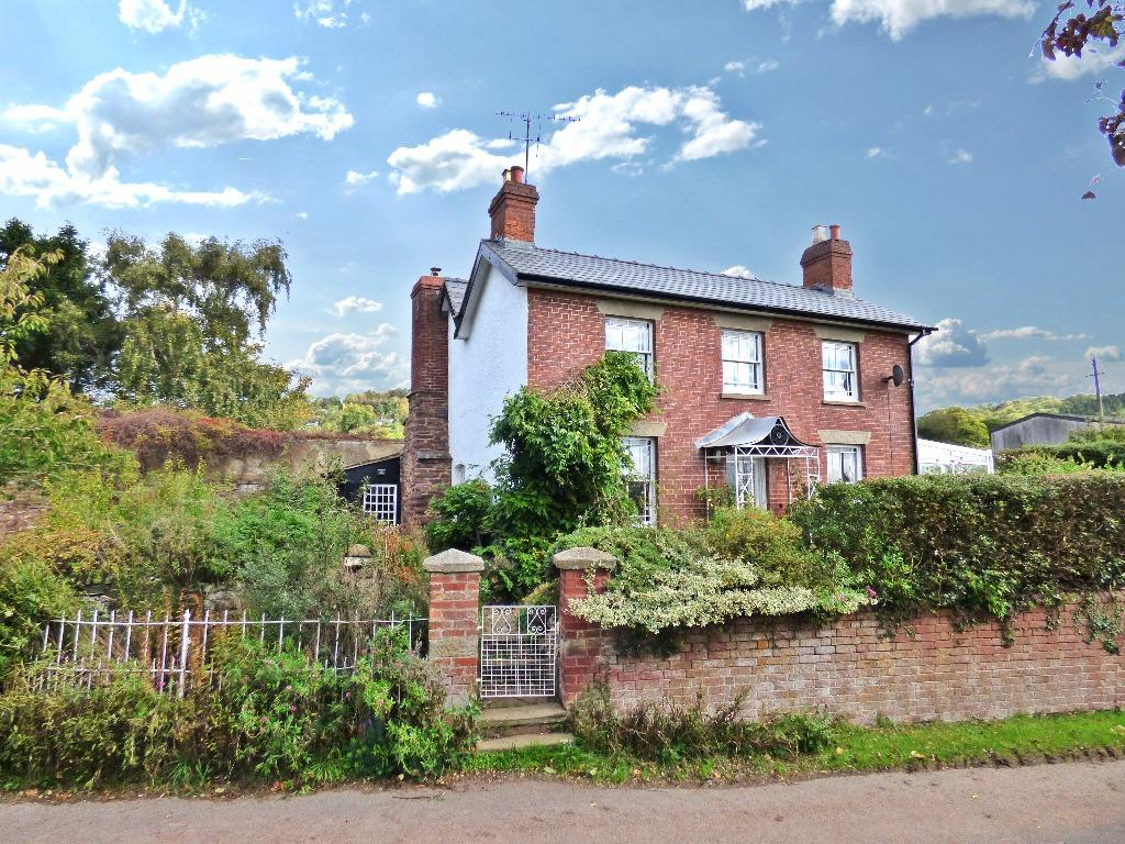 4 Bedrooms Detached House for sale in Westhope, Hereford