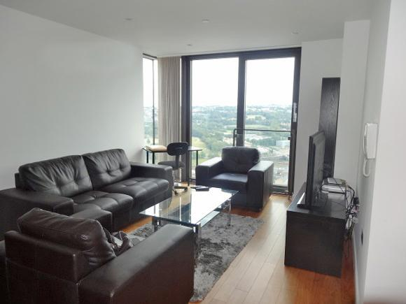 2 Bedrooms Apartment Flat