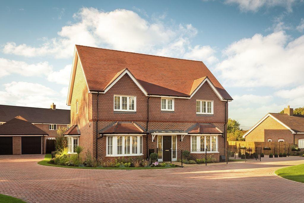 4 Bedrooms Detached House for sale in Amlets Place, Amlets Lane, Cranleigh, GU6