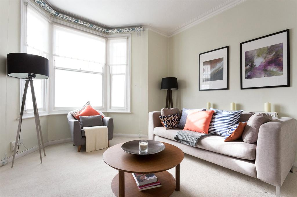 1 Bedroom Flat for sale in Warriner Gardens, London, SW11