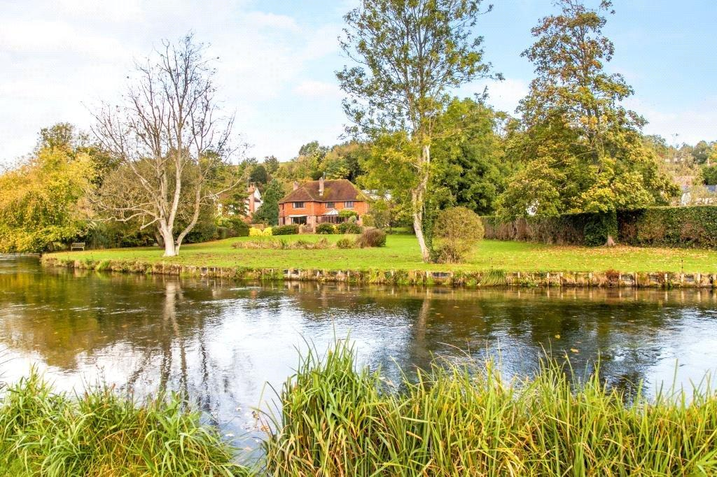 5 Bedrooms Detached House for sale in Fullerton Road, Wherwell, Andover, Hampshire, SP11