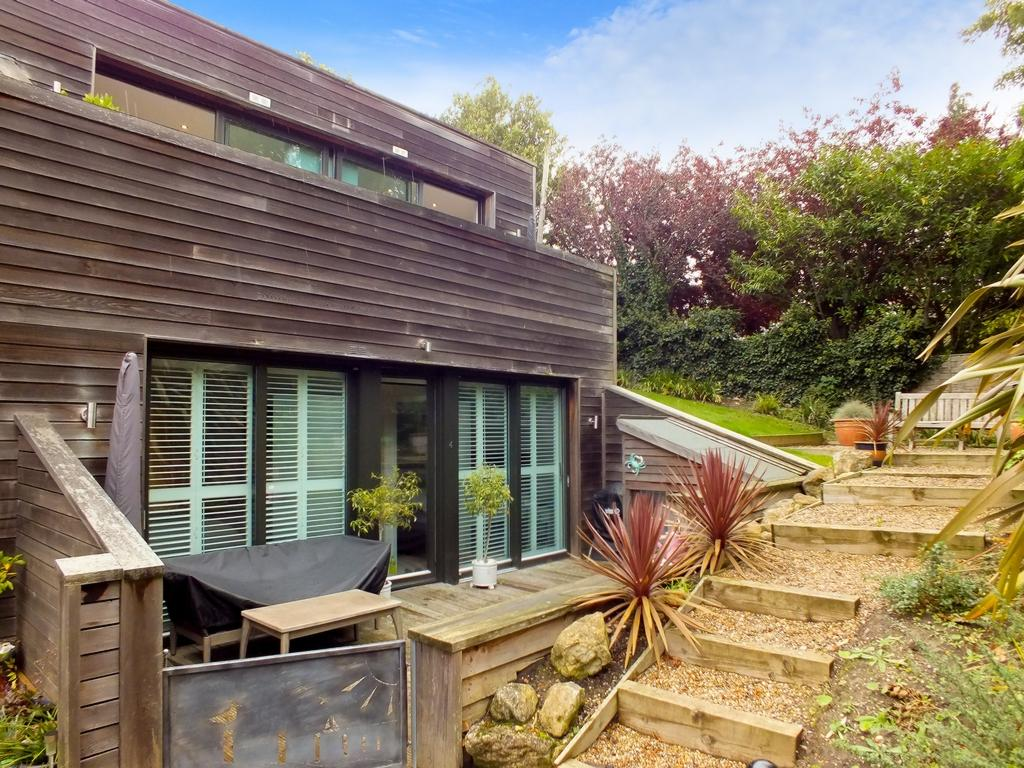 properties for sale in hythe