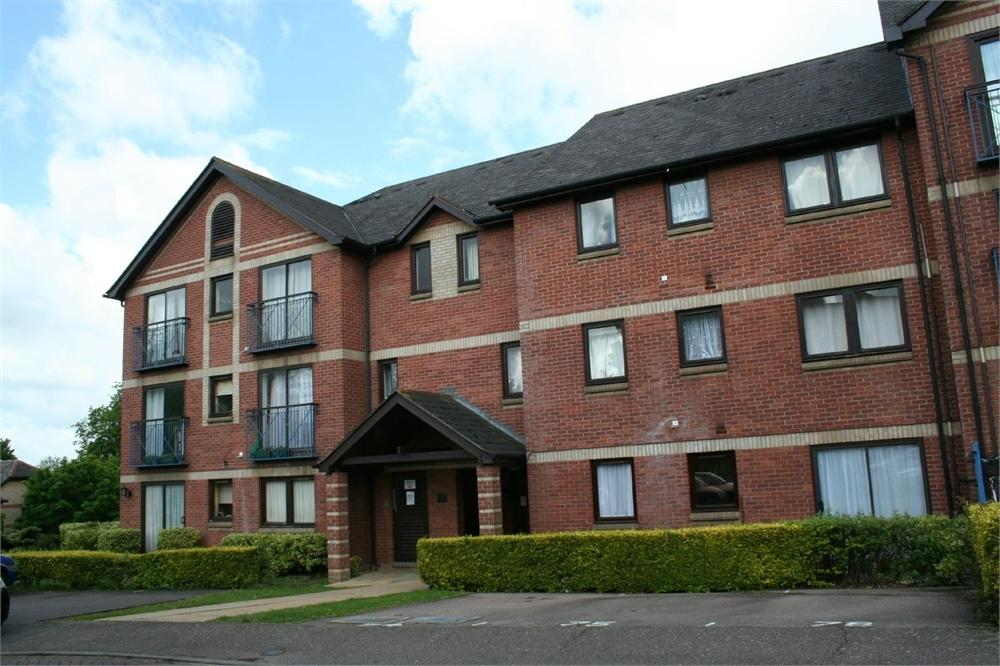 1 Bedroom Flat for sale in Claremont Heights, COLCHESTER, Essex
