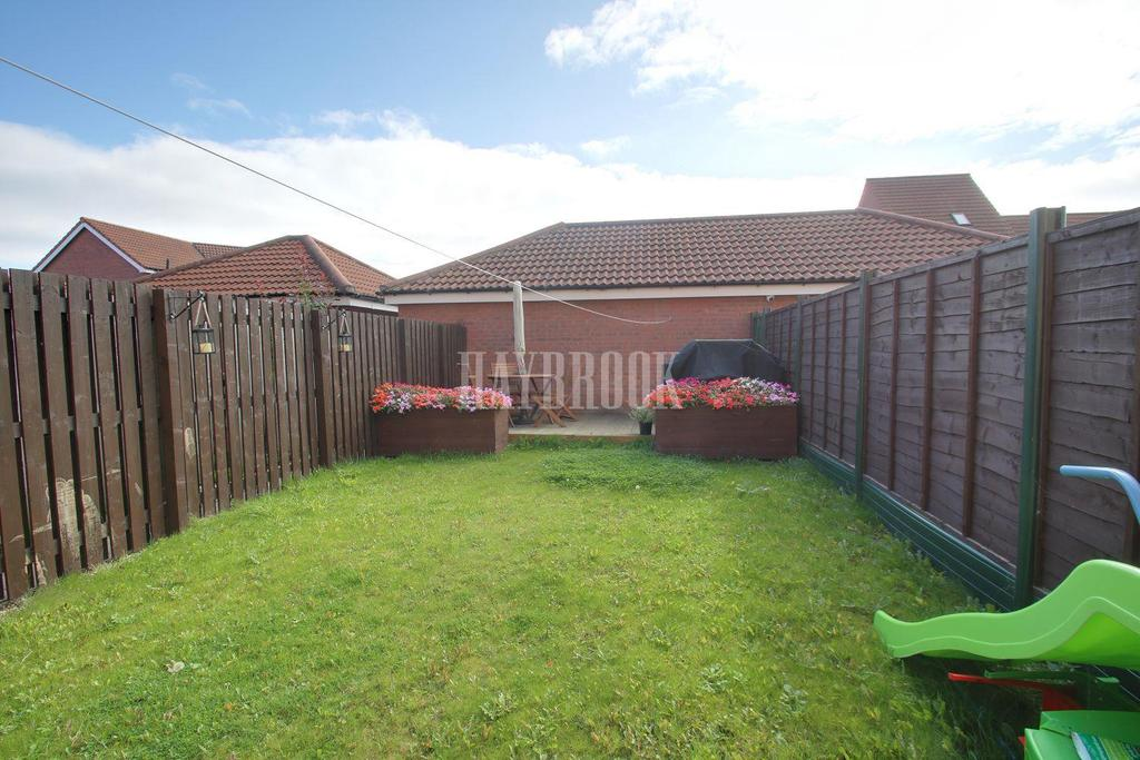 4 Bedrooms Semi Detached House for sale in Sanders Way, Dinnington